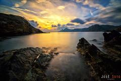 (Legi.) Tags: longexposure sunset seascape skyscape landscape atardecer mar nikon tokina 116 mediterrneo marmediterrneo largaexposicin d600 1116 portmn playadellastre