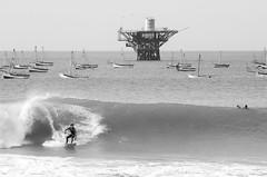 Cabo Blanco Surf (idoazul) Tags: blackandwhite beach boat surf playa bn plataforma surfspot caboblanco peru