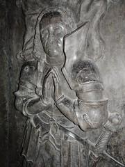 ca. 1500-1515 - 'jonkheer Lybrecht van Meldert, Lord of Meldert, Budingen, Vrolingen and Bombroek (+1484)', Sint-Ermelindiskerk, Meldert, Hoegaarden, province of Flemish Brabant, Belgium (roelipilami) Tags: church bench eyes sainte closed belgium tomb gothic bank lord tournament van piece pew heer armour glise sire 1500 hoegaarden kerk banc dalle slab effigy haute jonker armadura funraire tombeau armure rstung grabmal 1505 1510 libert 1515 1595 grafsteen harnas 1590 ermelindis meldert budingen 1484 cuyer closehelmet sintermelindiskerk jonkheer kerkbank vrolingen grafbeeld tassets joncker ermelinde lybrecht bombroek racourt passegarde