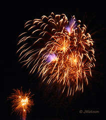 Blown Up (VenturaMermaid) Tags: show longexposure nightphotography sky motion night movement display fireworks burst pyro f11 blast lakehavasu blowup westernwinterblast pyrotechnic fireworksphotography