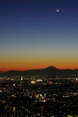 Sunset at Tokyo - 20160211 - 2 (HAMA-ANNEX) Tags: sunset dusk k3 smcpentaxda55mmf14sdm