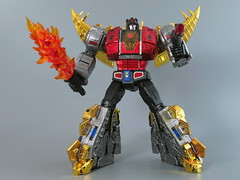 IMG_8746 x2 (gutts_tf) Tags: autobot snarl dinobots 3rdparty gigapower guttur