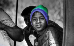 The wool hat (Saint-Exupery) Tags: leica portrait cutout kid retrato srilanka nio ceilan