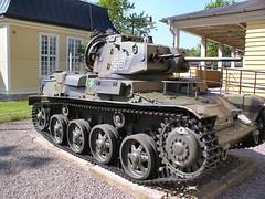 "Strv M40 42 • <a style=""font-size:0.8em;"" href=""http://www.flickr.com/photos/81723459@N04/25570705812/"" target=""_blank"">View on Flickr</a>"