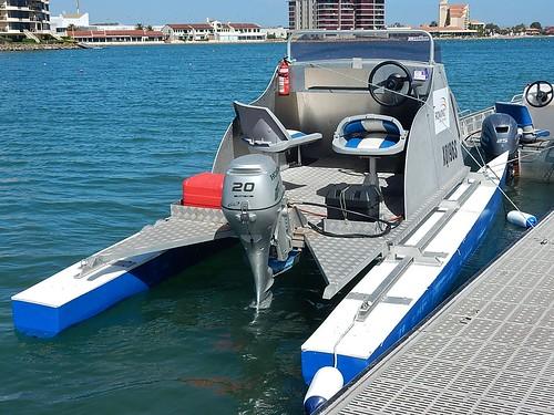 rescue boat seats catamaran pontoons umpire westlakes outboardmotor