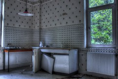 Urbex kche (urban requiem) Tags: old urban abandoned kitchen germany lost deutschland cuisine hotel decay kche overlook exploration derelict allemagne hdr verlassen urbex htel abandonn 600d hoteloverlook