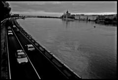 Hongrie - Budapest - 1999 (aRGeNTiC yeaRS) Tags: car river town europe waterfront budapest voiture quai danube ville fleuve trafic mitteleuropa hongrie parlementhongrois didierhubert