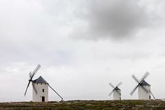 Molens met tegenwind (Bram Meijer) Tags: spain windmills spanje lamancha donquijote molens windmolens campodecriptana