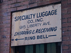 Specialty Luggage Co., Pittsburgh, PA (Robby Virus) Tags: family sign pittsburgh pennsylvania luggage business company signage shipping specialty receiving izenson