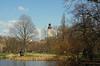 Johanna Park mit Blick zum Neuen Rathaus (ingrid eulenfan) Tags: leipzig stadt zentrum neuesrathaus uniriese johannapark