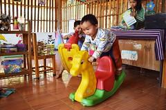 (catlydy) Tags: school thailand play karen hilltribe