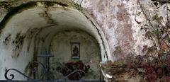 capilla, carabao (Roger S 09) Tags: asturias capilla memorialchapel santaeulalia cabranes santolaya carabao capillaconmemorativa