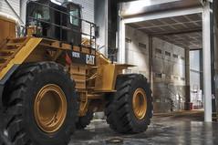 992K (xnoszam) Tags: cat machine peinture caterpillar loader tp cabine wheelloader chargeur 992k bergerat monnoyeur