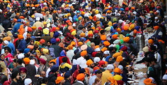 The sea of Turbans.. Amazing Colorful (Honey Agarwal) Tags: family music food toronto ontario canada color kitchen proud john square army drums blog downtown nathan mayor kathleen prayer free parade celebration event meal april greetings females turban sikh punjab kirtan wynne marshal gurudwara humans tory nagar punjabi guru hapiness waheguru serve khalsa 2016 vaisakhi sikhnewyear khalsaday sikhi nathanphilips dhol khanda langar panth osgc seaofcolors turbancolor parade2016 withahugeparadedowntown