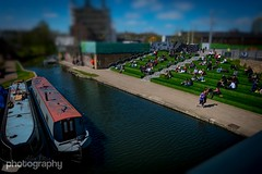 Canal Knowlege.. 19/30 April Photo A Day (Alex Chilli) Tags: blue sky people sun green london water lunch canal path kingscross stpancras barge weekday tiltshift aprilphotoaday
