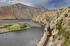 Tracing the Missouri (Moffat Road) Tags: railroad water train montana mt canyon cliffs locomotive bnsf lombard mrl missouririver toston graintrain montanaraillink lombardcanyon mrlsecondsubdivision mrl2ndsub