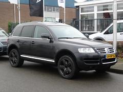 2004 Volkswagen Touareg Van (harry_nl) Tags: netherlands volkswagen nederland van touareg amersfoort 2016 grijskenteken sidecode6 09bpsg