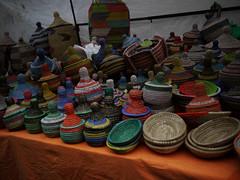 030116 042 (Jusotil_1943) Tags: colores mercado bandejas cestos garrafones 030116