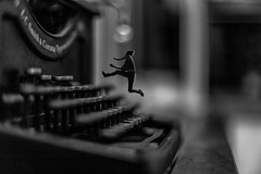 Vintage Typewriter Composing (Wendelin Jacober) Tags: world old school portrait bw white black typewriter vintage blackwhite creative free commons mini cc r creativecommons type series fx serie royalty comp composing photogrpahy royaltyfree wendelin odlschool jacober