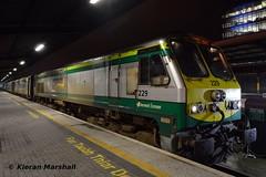 229 at Heuston, 1/2/16 (hurricanemk1c) Tags: dublin irish train gm rail railway trains railways irishrail 201 generalmotors 229 heuston 2016 emd iarnród éireann iarnródéireann 1900heustoncork