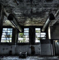 (thefrizz83) Tags: abandoned industry decay abandonment urbex abbandono decadenza archeologiaindustriale edificidismessi