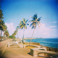 santo domingo (thomasw.) Tags: travel 120 analog holga cross malecon mf expired santodomingo crossed caribe karibik dominikanischerepublik
