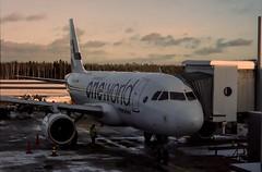 Airbus A319 - MSN 1352 - OH-LVD (Matthias Harbers) Tags: photoshop plane finland flying airport helsinki sony finnair cybershot elements airline airbus labs dxo traveling hel jetplane vantaa topaz helsinkivantaa flygplats helsinkiairport rx100 helsingforsvanda