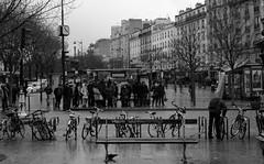 IMG_9268 (Nikan Likan) Tags: life street city people white black paris monochrome 35mm photography la cityscape pluie f56 smc f28 raine   menilmontant sous 2016 pentaxm