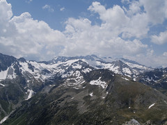Widok z Tuc de Vielha w kierunku Pico de Aneto