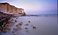 Seaside therapy (RF-Edin) Tags: longexposure sea nikon lee therapy seaford