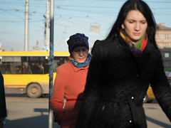 vivid colors two women P4120988 (Reasonable Excuse) Tags: light evening april    izhevsk