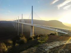 Viaduc de Millau (**Mya Klips**) Tags: coucherdesoleil aveyron viaducdemillau