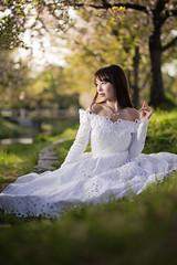 KANAE (neino-3) Tags: portrait white female dress softbox offcameralighting cactuscb60