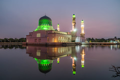 Floating Mosque (Je Jai) Tags: zeiss sony mosque filter lee malaysia borneo sonya sabah a7 masjid 2470mm gnd likas 09s