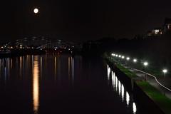Full moon over Frankfurt Osthafen (Olli Ronimus) Tags: night frankfurt main nightscene frankfurtammain