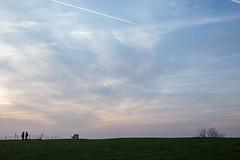 Buitendijk (de3euk) Tags: sky netherlands sunrise bench klaas nl groningen dyke dijk piet bankje drieborg canoneos6d carelcoenraadpolder