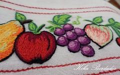 KikaBordados Kika  Krauss 133 (Kika Bordados by Angelica Krauss) Tags: flowers flores frutas fruits branco cores crochet craft bordados bordado croche panosdepratos bordadosfeitomo kikabordadoskikakrauss
