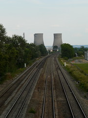 Pipe Lines 2 (mdavidford) Tags: lines industrial power pair towers transport perspective rail railway electricity parallel generation chimneys coolingtowers hyperbolic miltonpark didcotpowerstation didcota didcotasouth