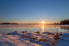 Magical sunset (Joakim Berndes) Tags: ocean winter sunset sky sun snow ice sol se is vinter sweden natur himmel sverige sn hdr contrejour havet nykping solnedgng 2016 stendrren motljus naturreservat tystberga sdermanland sdermanlandsln