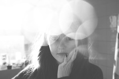 Portrait (Karl Smarts Photography) Tags: light beautiful model eyes bath natural bokeh room nails