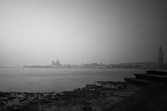 Venise 2016 (Superdam76) Tags: monochrome eau noiretblanc cte nb paysage venise brume rivage poselongue