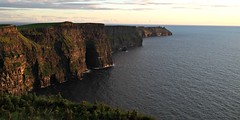 South along the Cliffs of Moher (iatraveler) Tags: ireland cliffsofmoher atlanticocean countyclare wildatlanticway