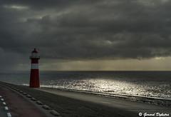 GDF0408 (G-D-F) Tags: blue sunset sky lighthouse beach netherlands see zonsondergang nederland noordzee wolken zeeland northsea lucht vuurtoren blauwe walcheren domburg neeltjejans deltawerken