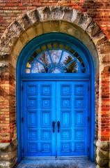 _DSC9236 Blue Door (Charles Bonham) Tags: architecture arch outdoor archway sidelight midlandmi charlesbonhamphotography