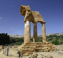 2016-04-17_14-49-32-Nikon D800 (Bernhard Kvaal) Tags: italy valley temples sicily sicilia agrigento