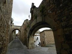 Calle Adarve de la Estrella Caceres 01 (Rafael Gomez - http://micamara.es) Tags: de la calle unesco estrella caceres humanidad patrimonio adarve