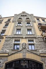 IMG_2091 (vadim_fomichev) Tags: streets buildings oldbuildings oldtown riga peopleonthestreets