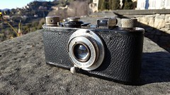 Leica I c 1930 with Elmar 5cm f1:3.5.   This is a very rare Leica I c. It's a super camera without range Finder.  The Elmar 5cm is collasable. (Demostene) Tags: leica ic rangefinder elmar 1930
