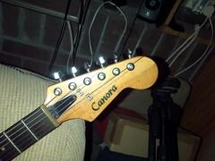Canora stringthru neckthru 1cos 1000 (Lox Pix) Tags: lox loxpix guitar collection bass mandolin fender gibson yamaha ibanez rickenbacker vintage beatle violin shape kent sleekline bowhunter trump squier stratocaster telecaster hofner loxwerx l0xpix
