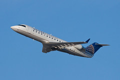 United Express (SkyWest Airlines) Bombardier CRJ-200ER N920SW (jbp274) Tags: airport airplanes lax oo crj bombardier skywest unitedexpress klax